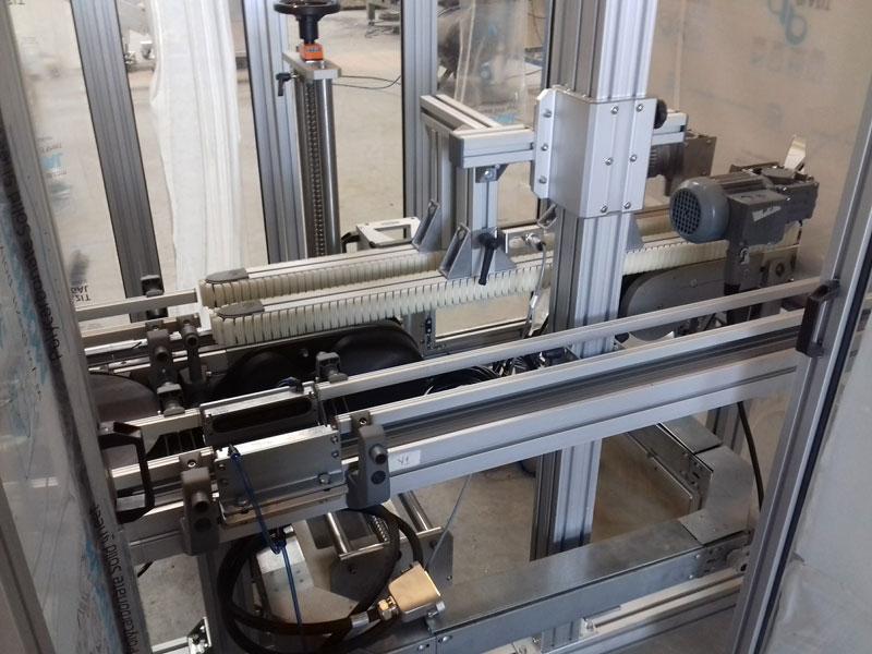 Transportador Side Grip para Transfêrencia de posição de produtos