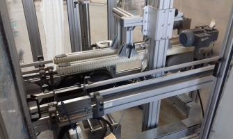 Transportador Side Grip para Transferencia de posicao de produtos